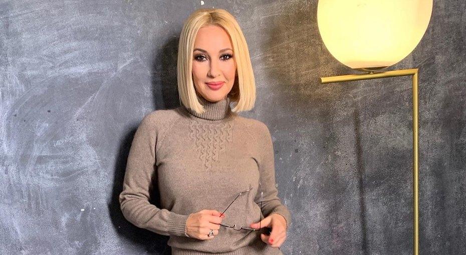 «Непрочитанная книга лежит уже три месяца»: Лера Кудрявцева мечтает ожизни безсоцсетей
