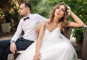 Невеста в ярости: друзья молодожёнов пригласили сами себя на медовый месяц пары