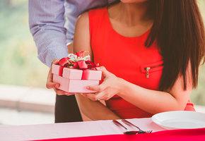 15 классных подарков к 8 марта не дороже 1000 рублей