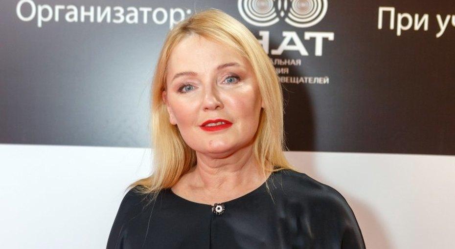 «Тепло настоящей семьи»: 59-летняя Лариса Вербицкая выложила нежное фото смужем