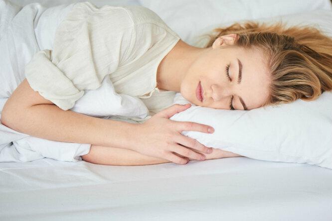 Почему спать впрохладной комнате полезно дляздоровья