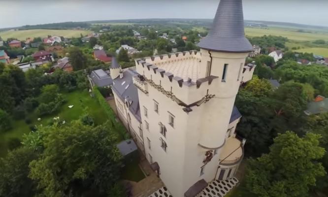 замок пугачевой, замок галкина