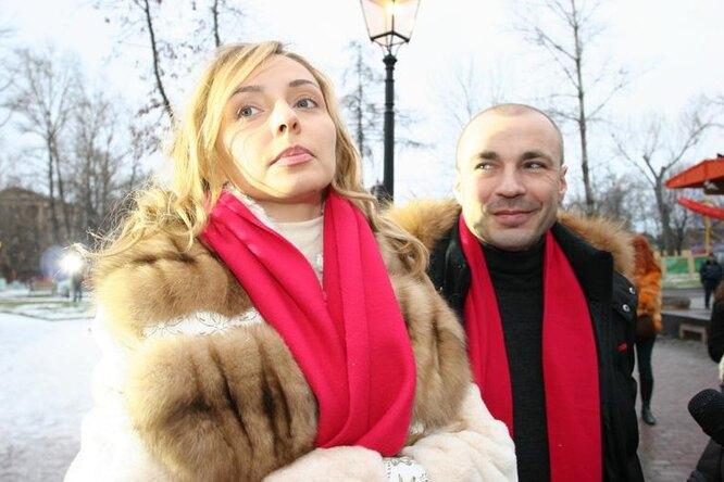 «Пожар»: дочь Татьяны Навки иАлександра Жулина надела мини