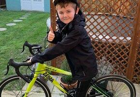 Восьмилетка проехал 160 км на велосипеде, чтобы помочь незнакомым собакам