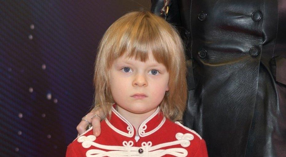 «Это моя армия»: Саша Плющенко показал свои игрушки тем, кто считает, что унего несчастливое детство