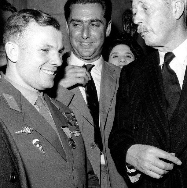 Юрий Гагарин с премьер-министром Великобритании