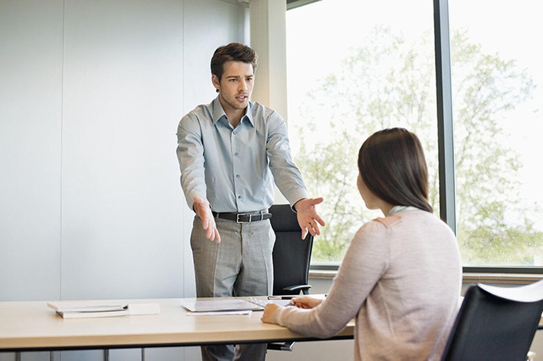 Куда не берут на работу девушек что подарить девушкам коллегам на работе