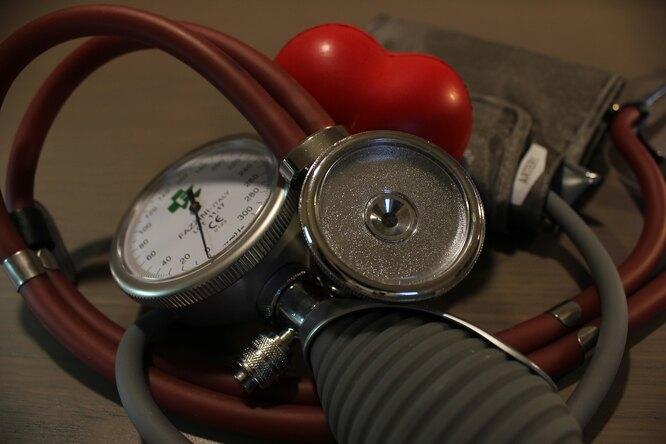 тонометр, сердце, инсульт, инфаркт, болезнь сердце, давление
