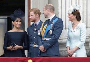 Королевское перемирие: Принцы Гарри и Уильям обменялись подарками на Рождество