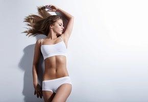 Как сохранить идеальную грудь: правда и мифы о красоте
