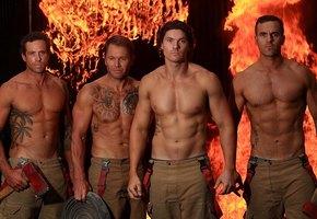 Австралийские пожарные снялись для нового календаря на 2020 год