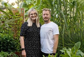 Пара потратила 400 тысяч на экзотические растения. Вот как выглядит их двор