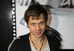 «Батр круче!» Павел Деревянко и Тимур Батрутдинов показали рельефные торсы