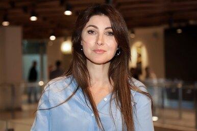 Бывшая жена супруга Анастасии Макеевой выиграла суд поалиментам
