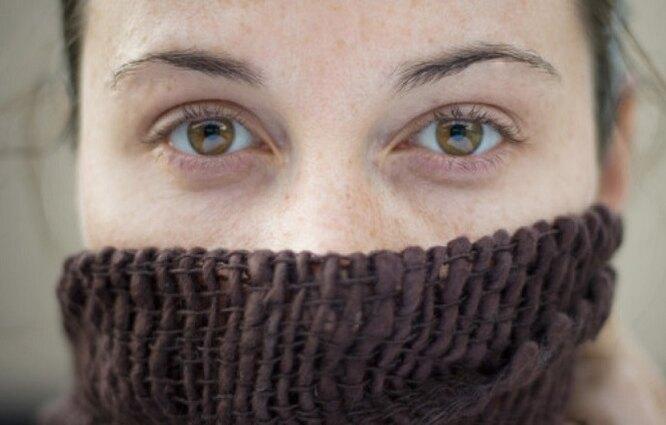 женщина, нос, шарф