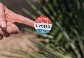 Рожающая американка отказалась ехать в клинику, пока не проголосует на выборах