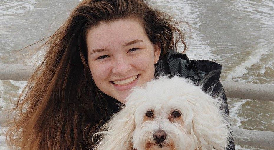 16-летняя девочка изСША впервые за8 лет помыла голову