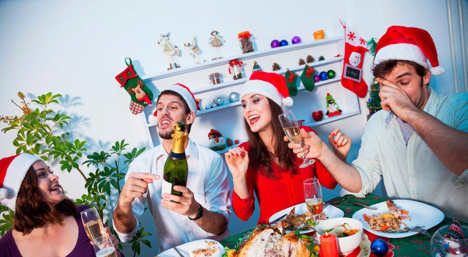 7 привычных закусок, которые стоит убрать спраздничного стола