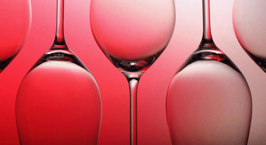 Насущный вопрос. Как выбрать вино кпразднику?