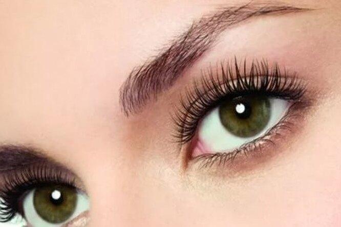 Распахните глаза: лайфхак, как сделать взгляд выразительным безмакияжа