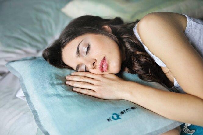сладкий сон, спящая девушка