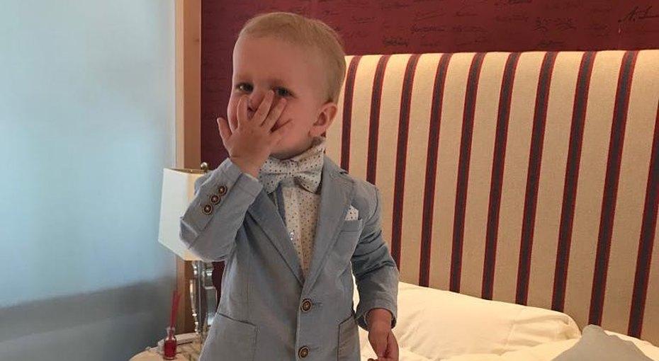 Сын Ксении Собчак иМаксима Виторгана наанглийском языке поздравил старшую сестру сднем рождения