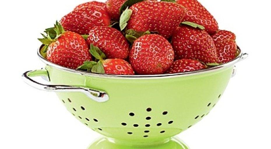 Как правильно заморозить ягоды?