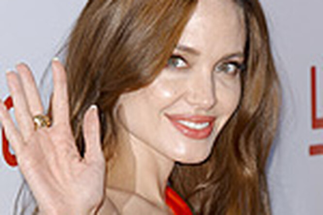 Анджелина Джоли опровергла все слухи