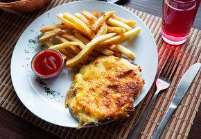 Мясо по-французски: самый популярный в России рецепт. Как готовит его шеф-повар?