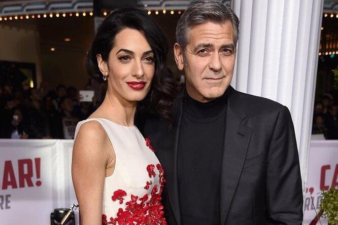 «Вся эта история выдуманная». Адвокат Джорджа Клуни прокомментировал слухи оссоре пары