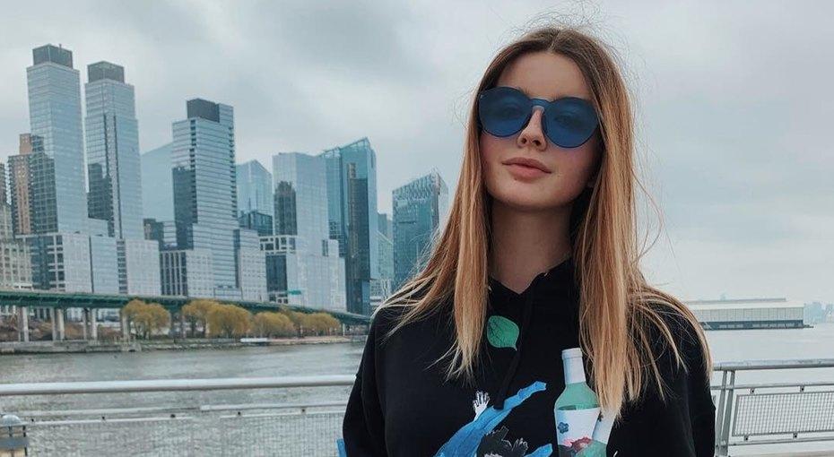 «Купидон спружинками»: внучка Олега Стриженова показала трогательное фото племянника