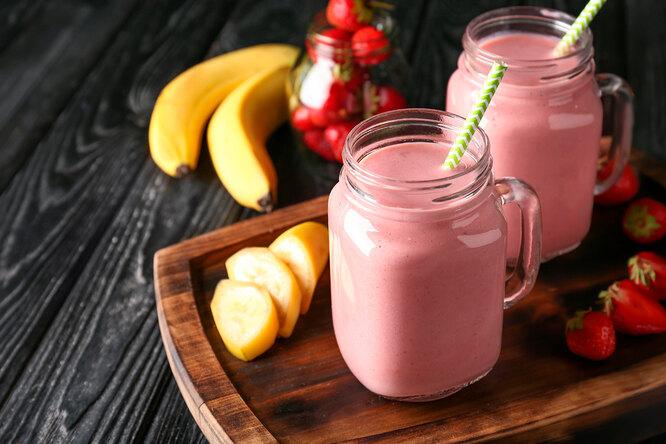 Рецепт смузи «Клубника с бананом»