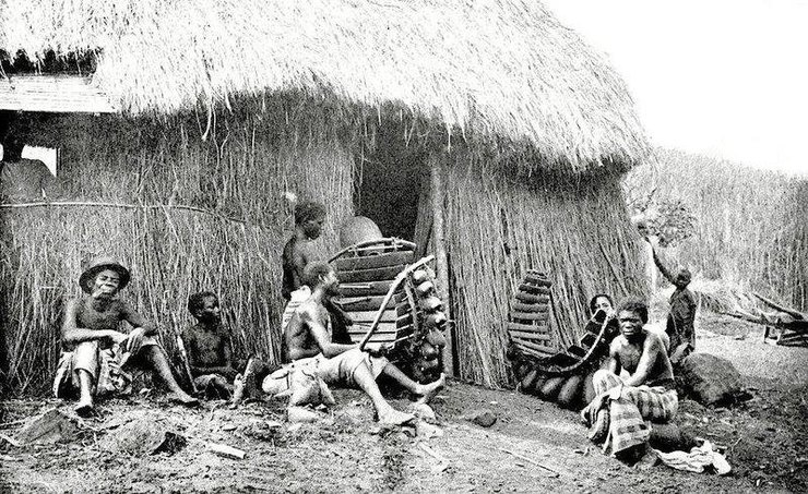 местные жители Африки во время путешествия Мэри Кингсли