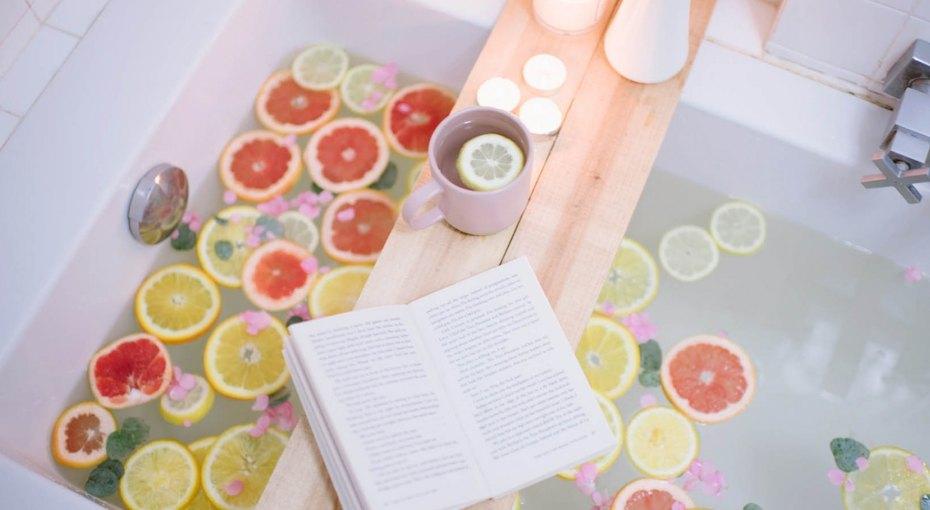 Как сделать столик-полку дляванны своими руками