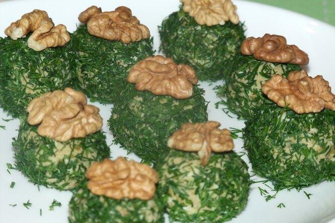 Шарики из орехов