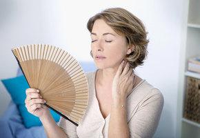 Раньше времени: как распознать менопаузу, если она наступила до 40 лет