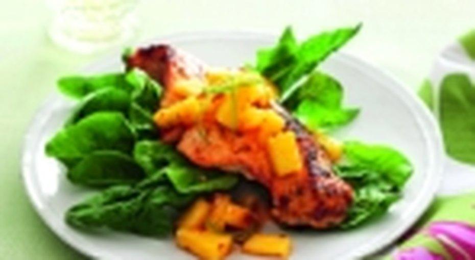 Филе лосося подананасовым соусом