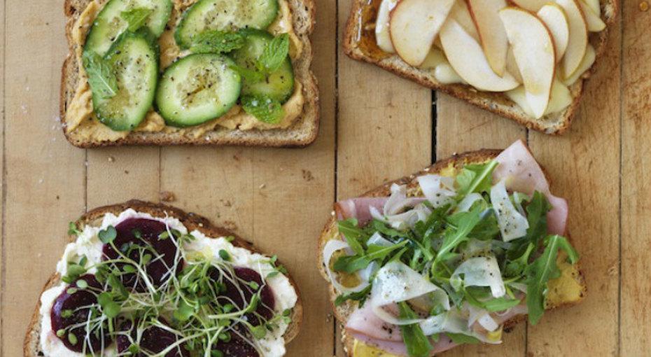 Завтракаем тостами. 5 совсем простых ивкусных рецептов
