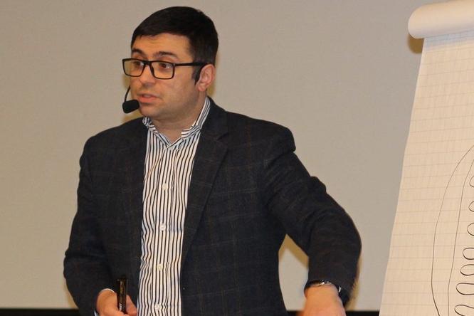 Если ребенка обижают: советы отврача ипедагога Александра Толмачева