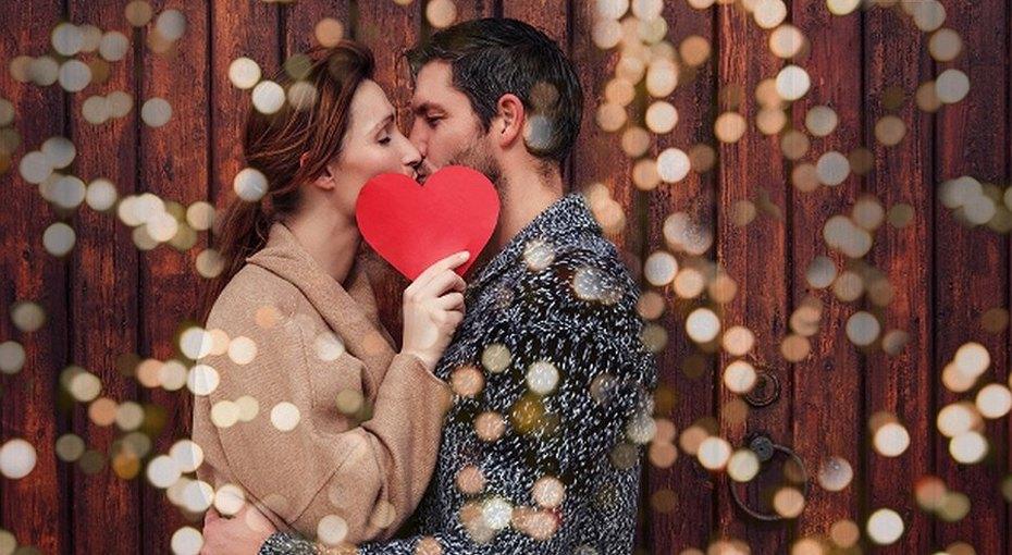 «Снова влюблен как мальчишка»: звезды поздравляют своих жен сднем святого Валентина