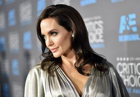 Ваше новое худое лицо: что такое углы Джоли и почему все девушки их хотят?