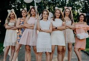 «Властная и сварливая»: свекровь потребовала от невесты приглашения на девичник