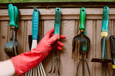 Как хранить садовый инструмент
