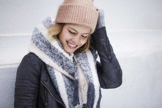 6 способов красиво завязать шарф (видео)