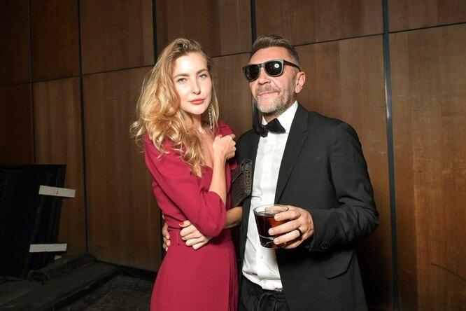 Сергей Шнуров и Ольга Абрамова