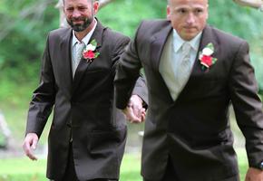 Невероятно трогательная история двух отцов на свадьбе
