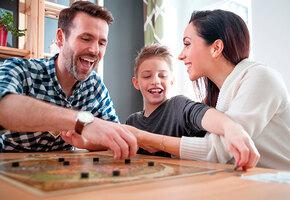 8 лучших настольных игр для детей и взрослых