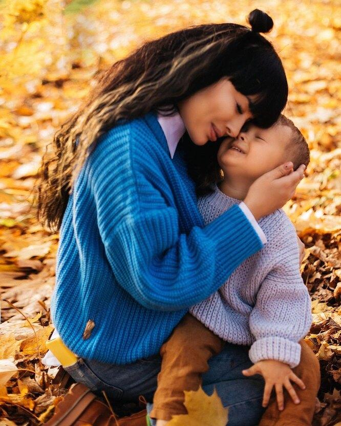 Нелли Ермолаева с сыном Мироном