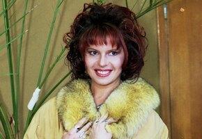 «Хочу ходить с большим бюстом!»: как сегодня живет звезда 90-х Наталья Штурм