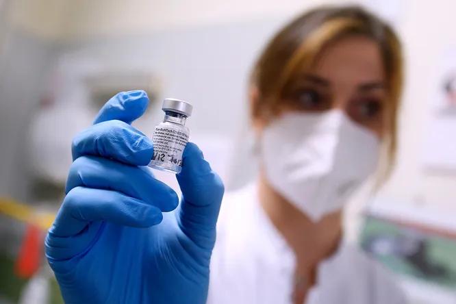 вакцина корона